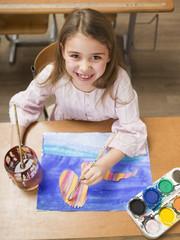 Mädchen, malen, lächeln