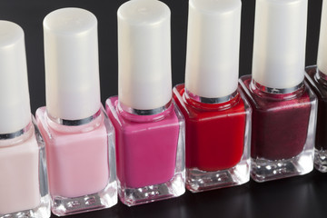 Nail polishs