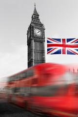 London Big Ben mit Bus und Britischer Flagge