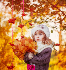 beautiful girl with autumn park
