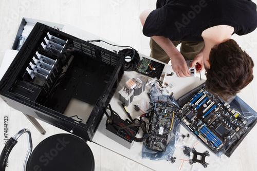 Building a PC - 74041923
