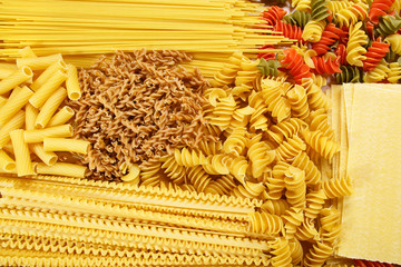 Different types and shapes of Italian pasta