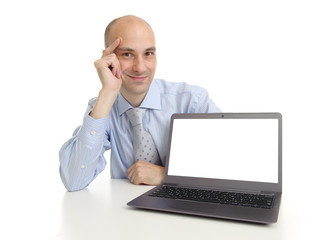 businessman presenting somenting on a laptop screen