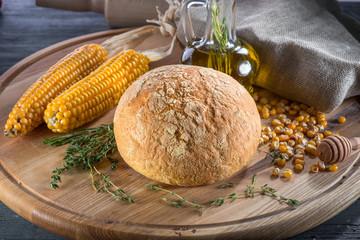 Corn bread on wooden board