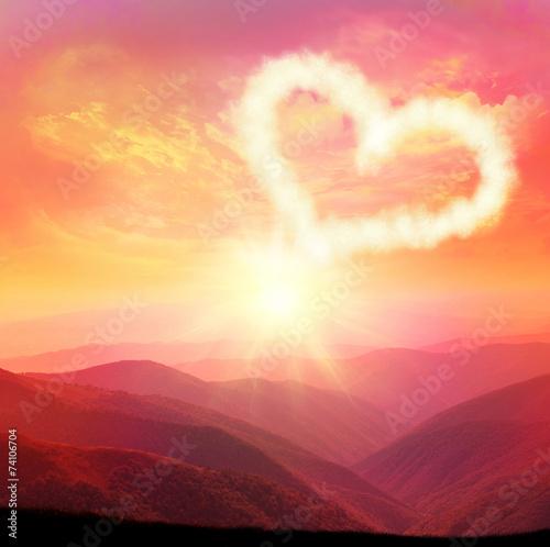 heart cloud © Belight