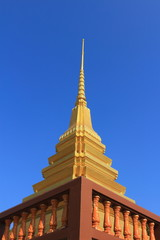 stupa at Wat Chang Thong