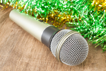 Silver microphone with christmas theme