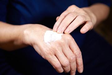 Anti aging cream for hands