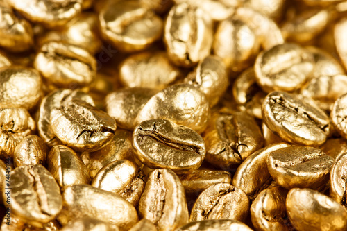 Gold coffee beans - 74145124