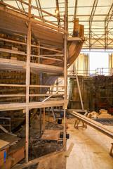 Construction bateau ancien bois