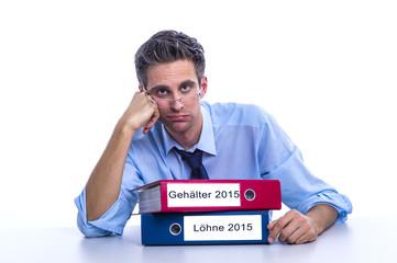 Gehälter und Lohnentwicklung 2015