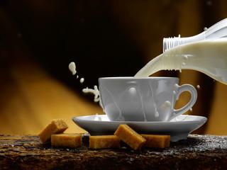 latte e zucchero di canna