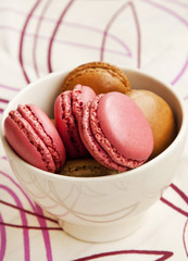 Raspberry and Pistachios Macarons