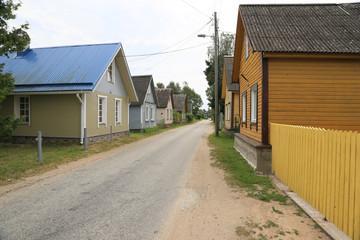 Dorfstasse im Baltikum