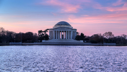 Washington, DC: Jefferson Memorial at sunrise