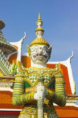 Giant Wat Arun