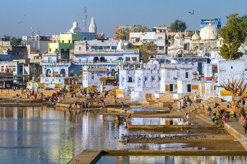 PUSHKAR, INDIA - DECEMBER 1, 2012: Hindu pilgrims on December, 1