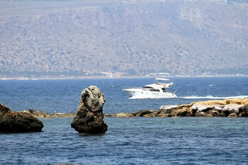 Tabarca island, paradise of diving and bathing