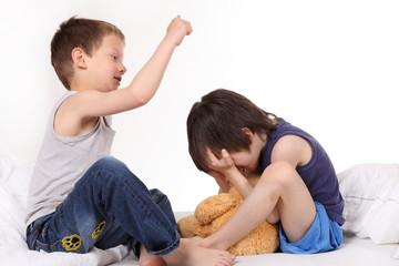 Gewalt unter Geschwistern