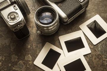 古いカメラとフィルム