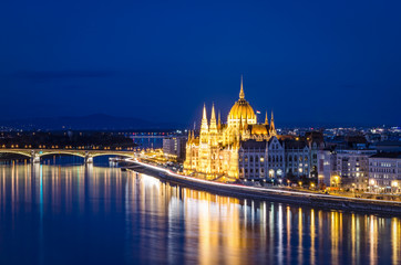 Budapest, Parliament and Danube at night
