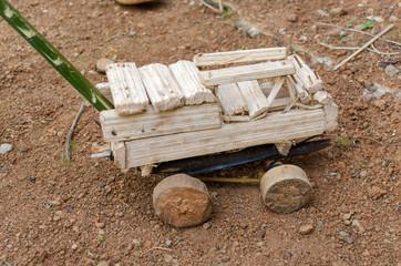 Afrikanisches Spielzeugauto