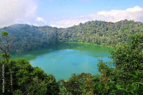 Fotobehang Centraal-Amerika Landen Crater Lake Chicabal Lagoon, Guatemala