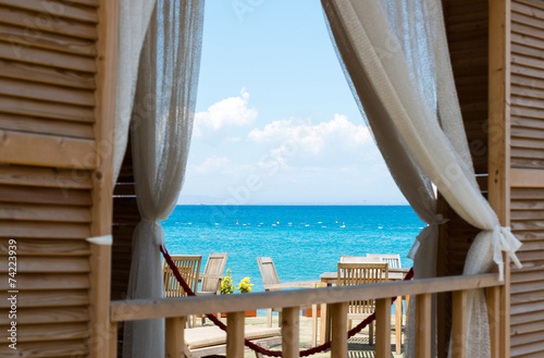 view  the sea from window of House - 74223939