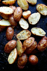 roasted potatoes with herbs