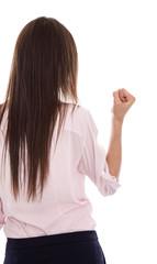 Gewalt gegen Frauen: Junge Frau setzt sich zur Wehr