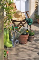 accessoires de jardin sur terrasse