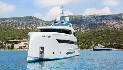 Luxus Schiff vor Anker