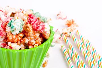 popcorn and drinkign straws
