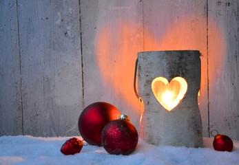 Weihnachtskarte - Windlicht mit Weihnachtskugeln