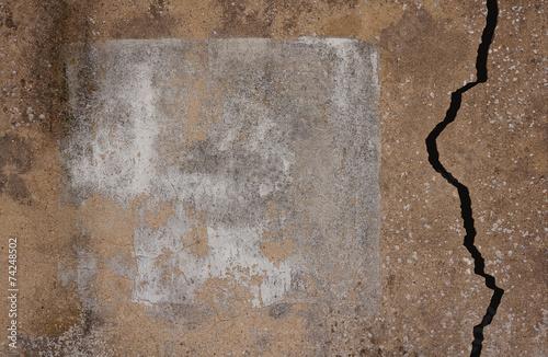 canvas print picture Hintergrund Marode Wand mit Textfeld und breitem Riss
