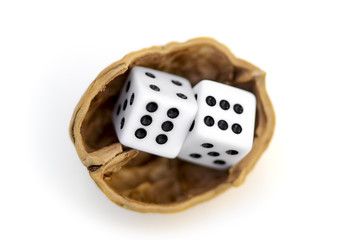 LUCK IS UNCERTAINTY 2 - Two dices in a nutshell on a journey