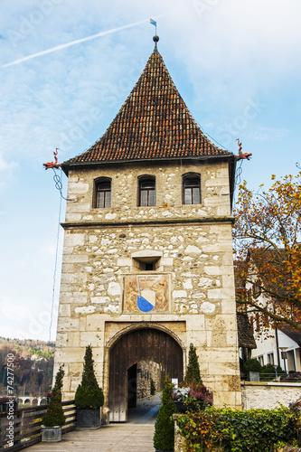 canvas print picture Eingangsturm zum Schloss laufen am Rheinfall bei Schaffhausen