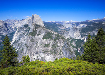 Half Dome seen from Glacier Point, Yosemite National Park, USA