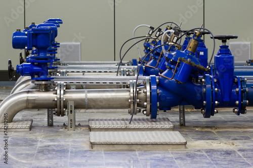 Leinwanddruck Bild Industrial water pumping