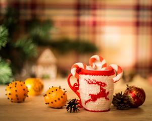 insulated wool cloth mug with embroidered deer