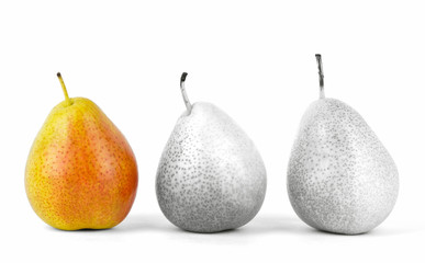 3 pears in a row with selective color