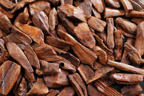 Leinwanddruck Bild In most Arab countries bukhoor is the name given to wood chips