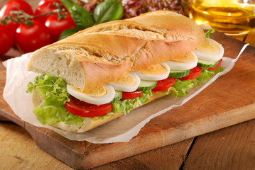 Egg salad sndwich french bread