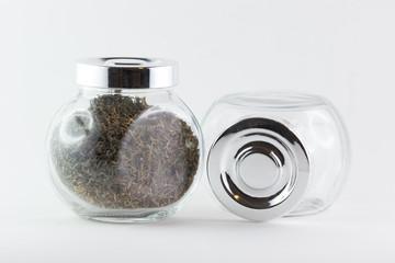 Due barattoli di vetro