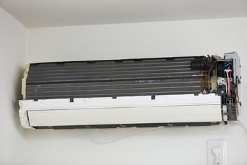タイトル エアコンの修理