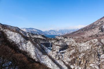 冬の中禅寺湖(明智平展望台)