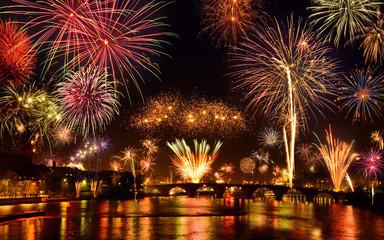 Spektakuläres Silvesterfeuerwerk