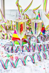 silvester party konfetti party Sekt
