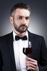Gentlemen prefer wine.