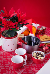 Vertical composition with Xmas glogg